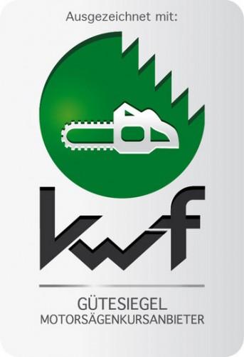 Unsere Motorsägenlehrgänge sind mit dem KMF-Gütesiegel ausgezeichnet